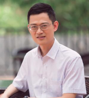 陈亮 深圳市爱施德股份有限公司 副总裁_meitu_1.jpg