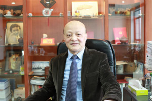 俊知集团有限公司CEO蒋唯_meitu_4.jpg
